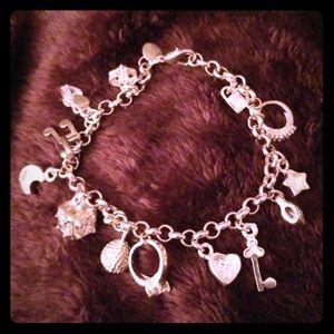 Jewelry - 📿💎 SILVER CHARM BRACELET 💎📿
